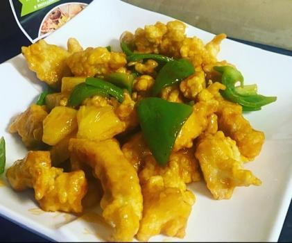 Курочка с ананасом по китайски