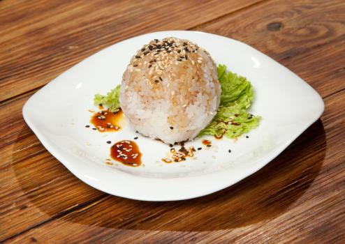 Рис гохан с кунжутом