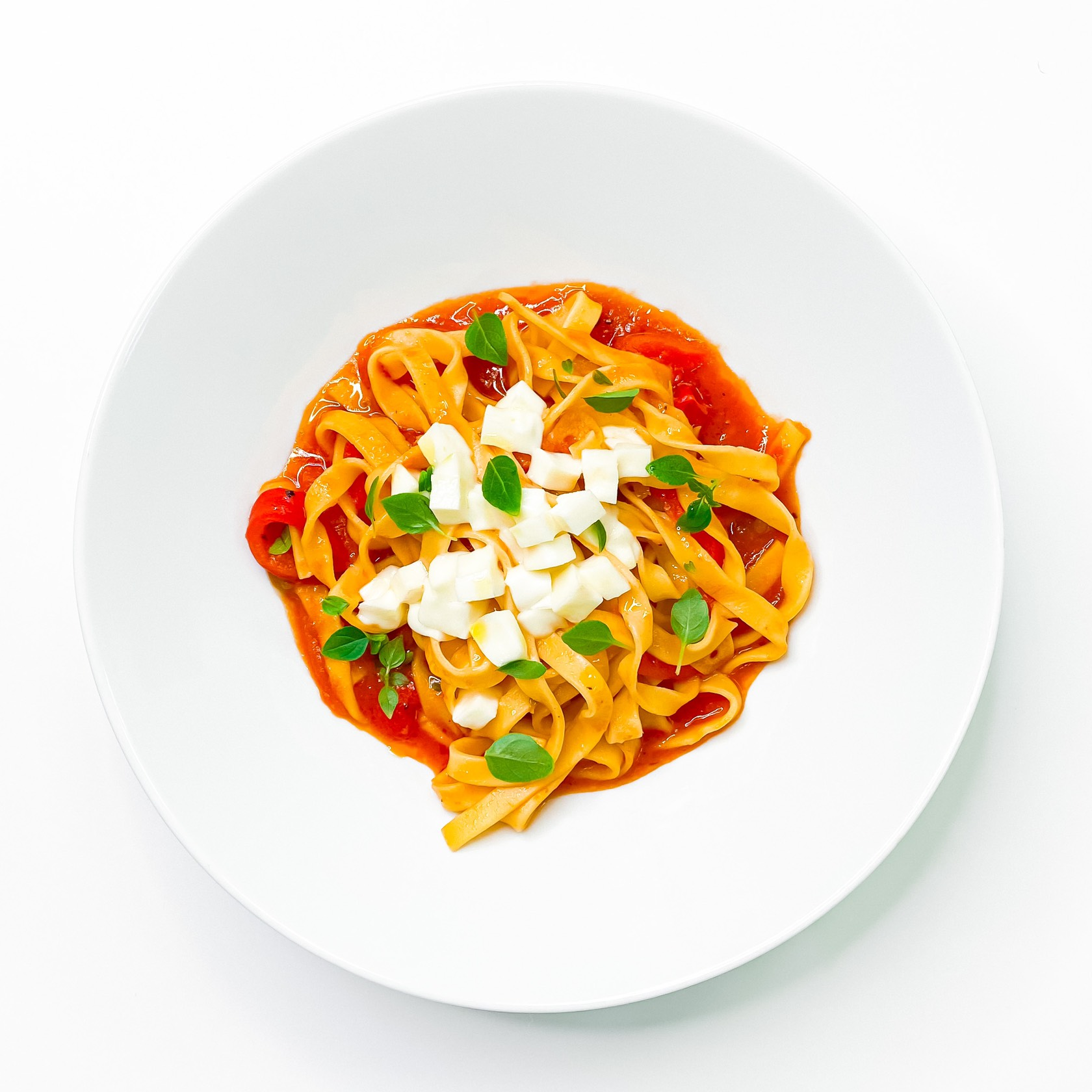 Паста с сыром моцарелла