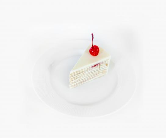 Торт блинный с вишней