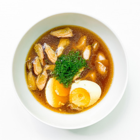 Суп куриный с белыми грибами