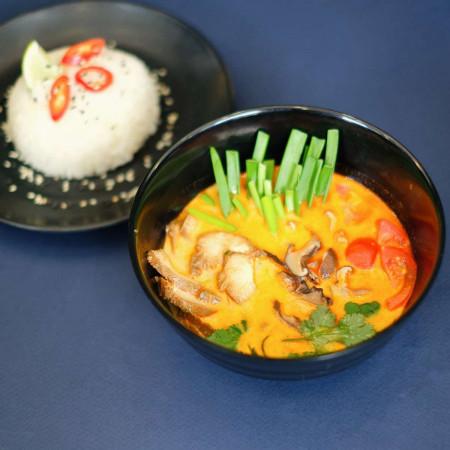 Том Ям с курицей с рисом