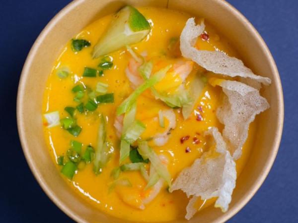 Манго-карри суп с креветками