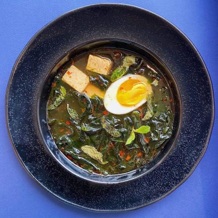 Наваристый суп Кимчхи