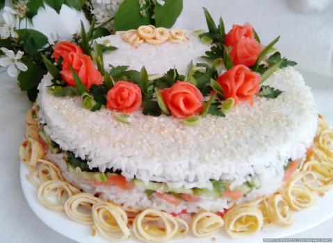 "Салат ""Суши - торт"""