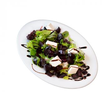 Салат с печёной свеклой