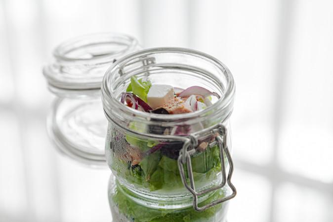 Салат с кетой и брынзой