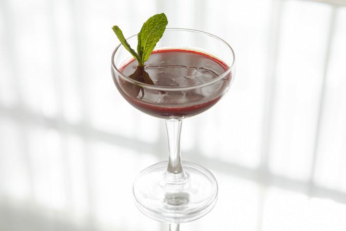 Капучино из ягод с соусом Маракуйа