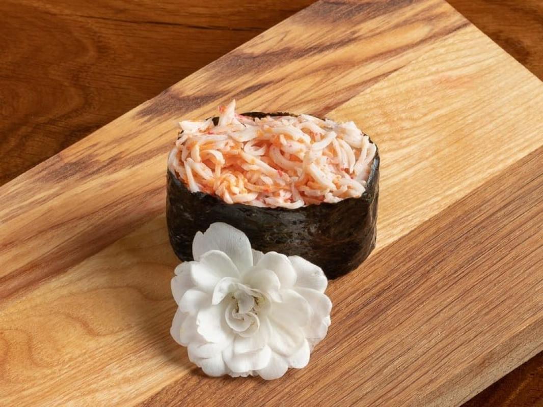 Спайси суши с крабом (острые)