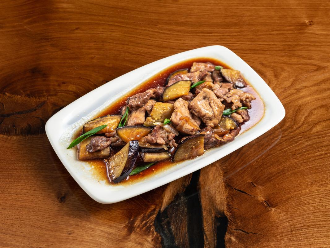 Свинина с баклажанами в соусе ланч кинг