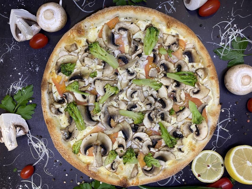 Пицца № 239 Бьянко с брокколи