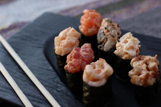 Острые суши (1шт)